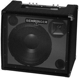 BEHRINGER K 900 FX - wzmacniacz klawiszowy