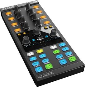NATIVE INSTRUMENTS TRAKTOR KONTROL X1 mkII - kontroler USB