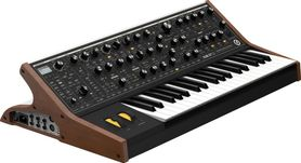 MOOG SUB 37 Tribute Edition - Syntezator