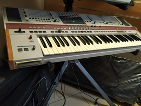 Hohner ADAM syntezator-keyboard