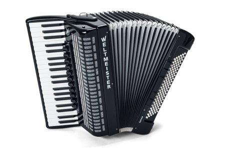 Weltmeister Saphir 120 -akordeon (1)