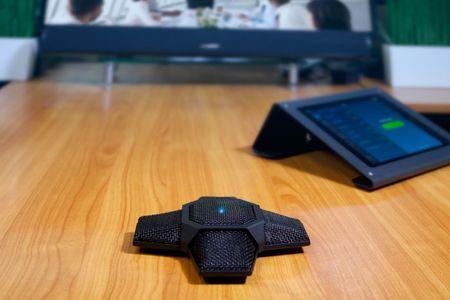 MXL AC-360-Z – Mikrofon konferencyjny USB (2)