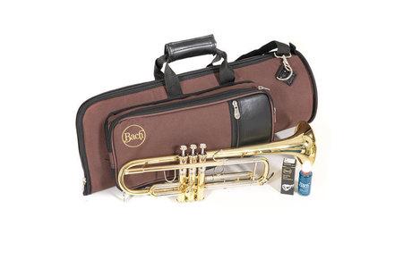 Bach Trąbka w stroju Bb TR450 (11)