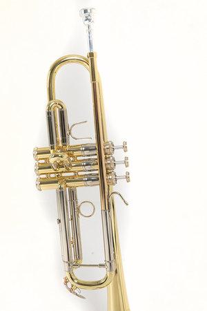 Bach Trąbka w stroju Bb TR450 (4)
